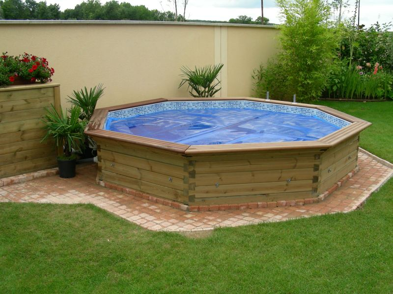 Piscine for Piscine hors sol bois semi enterree
