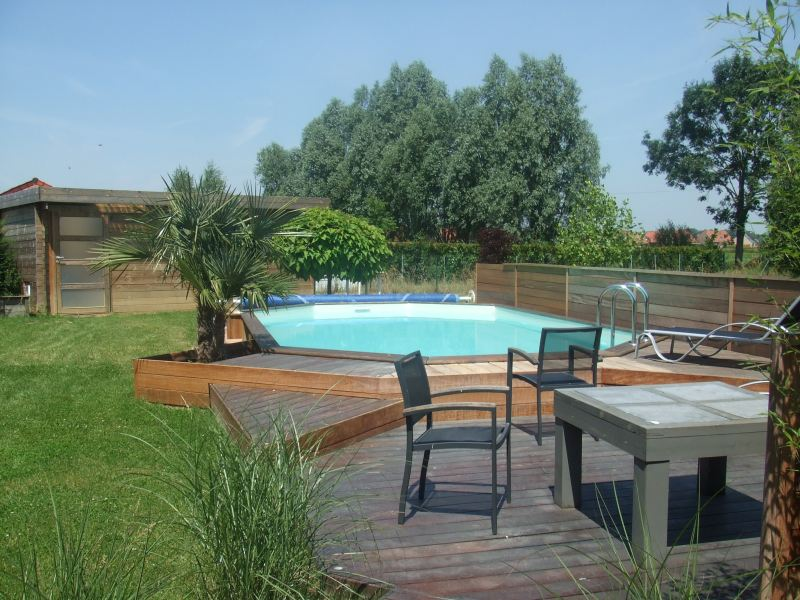 Piscine semi enterr e bois pas cher vente piscines semi for Piscine bois semi enterree
