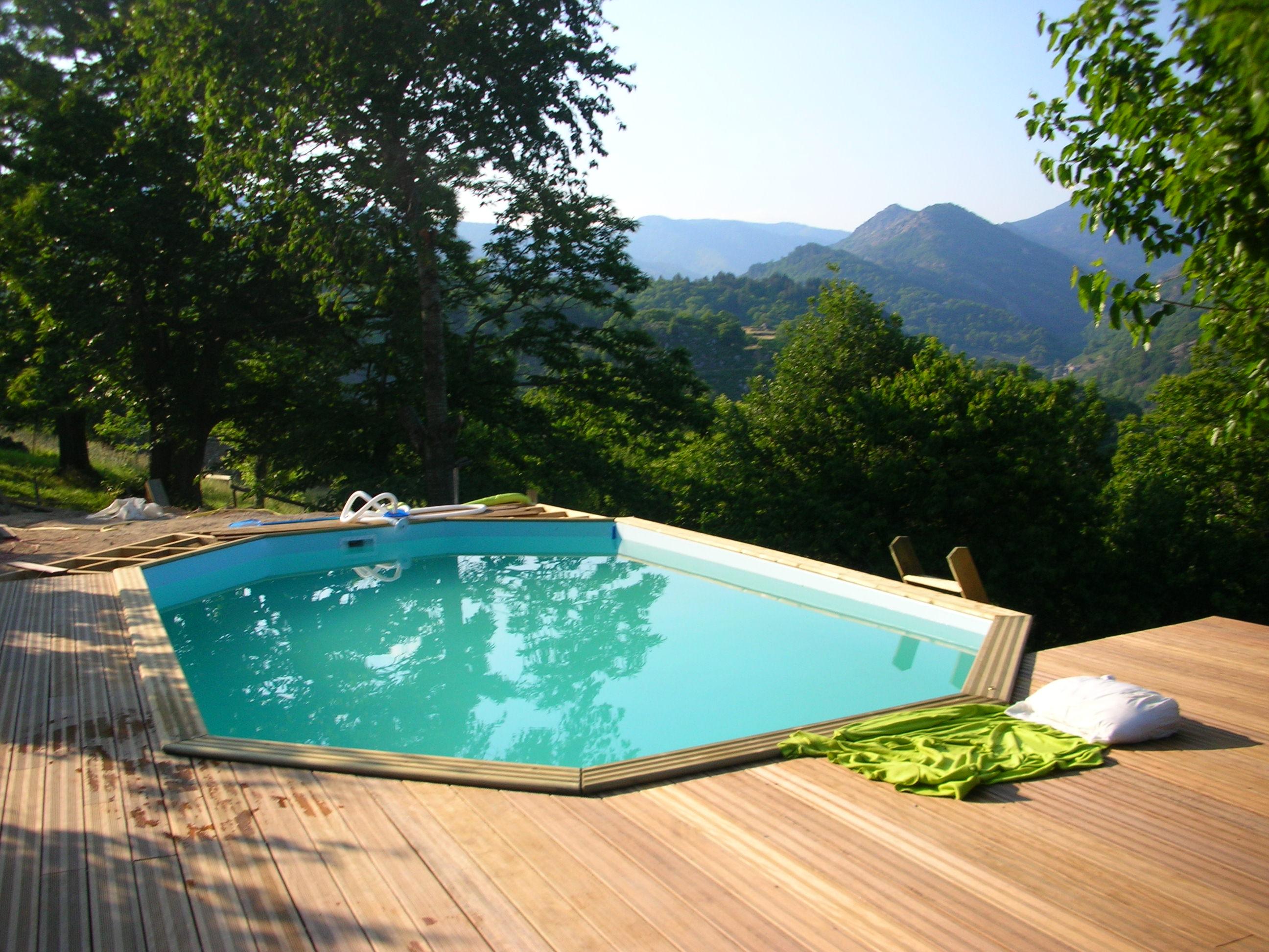 Piscines bois hors sol pas cher terrasse bois piscine - Realiser sa piscine ...