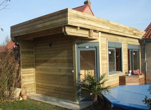 Montage maison en bois en kit specifcites prix for Prix une maison a construire