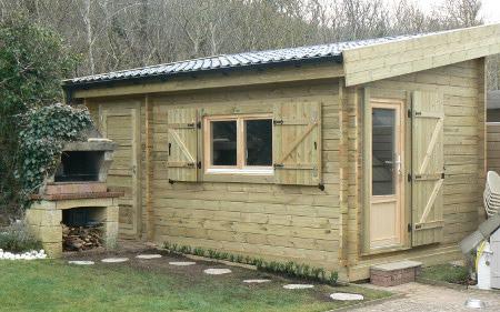 Petite maison en bois 20m2