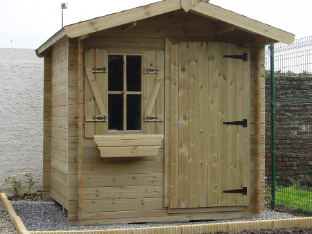 abri de jardin megeve avec serrure en bois autoclave de sapin rouge. Black Bedroom Furniture Sets. Home Design Ideas